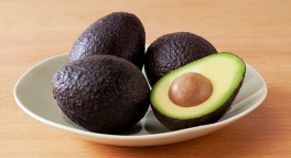 avocados-in-bowl